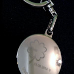 znakowanie-laserowe-na-medaliku-okraglym